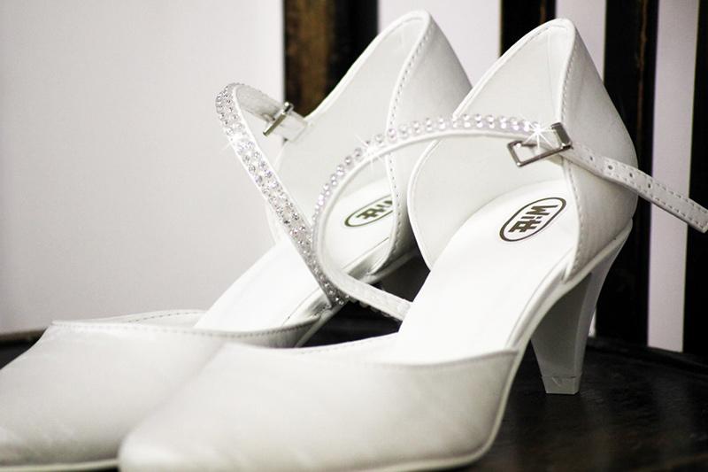 7d0d346295c00 Oferujemy obuwie ślubne firmy Witt. Katalog produktów tej firmy dostępny  jest w naszym salonie.